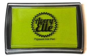 Avery Elle LEMON GRASS Pigment Ink Pad I-13-15