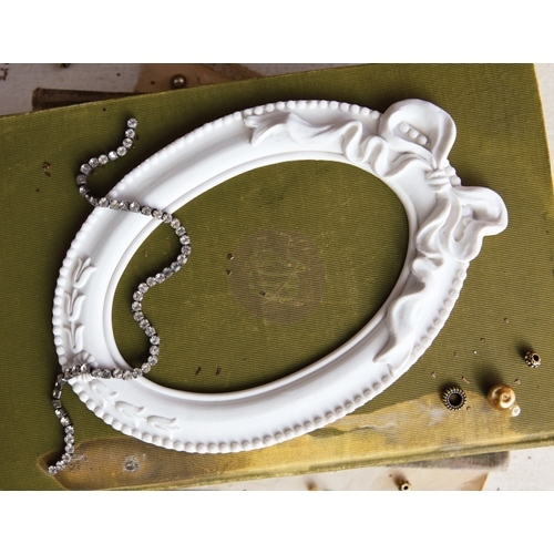 Prima Marketing PAPILLON BLANC OVAL FRAME Memory Hardware 992880 Preview Image