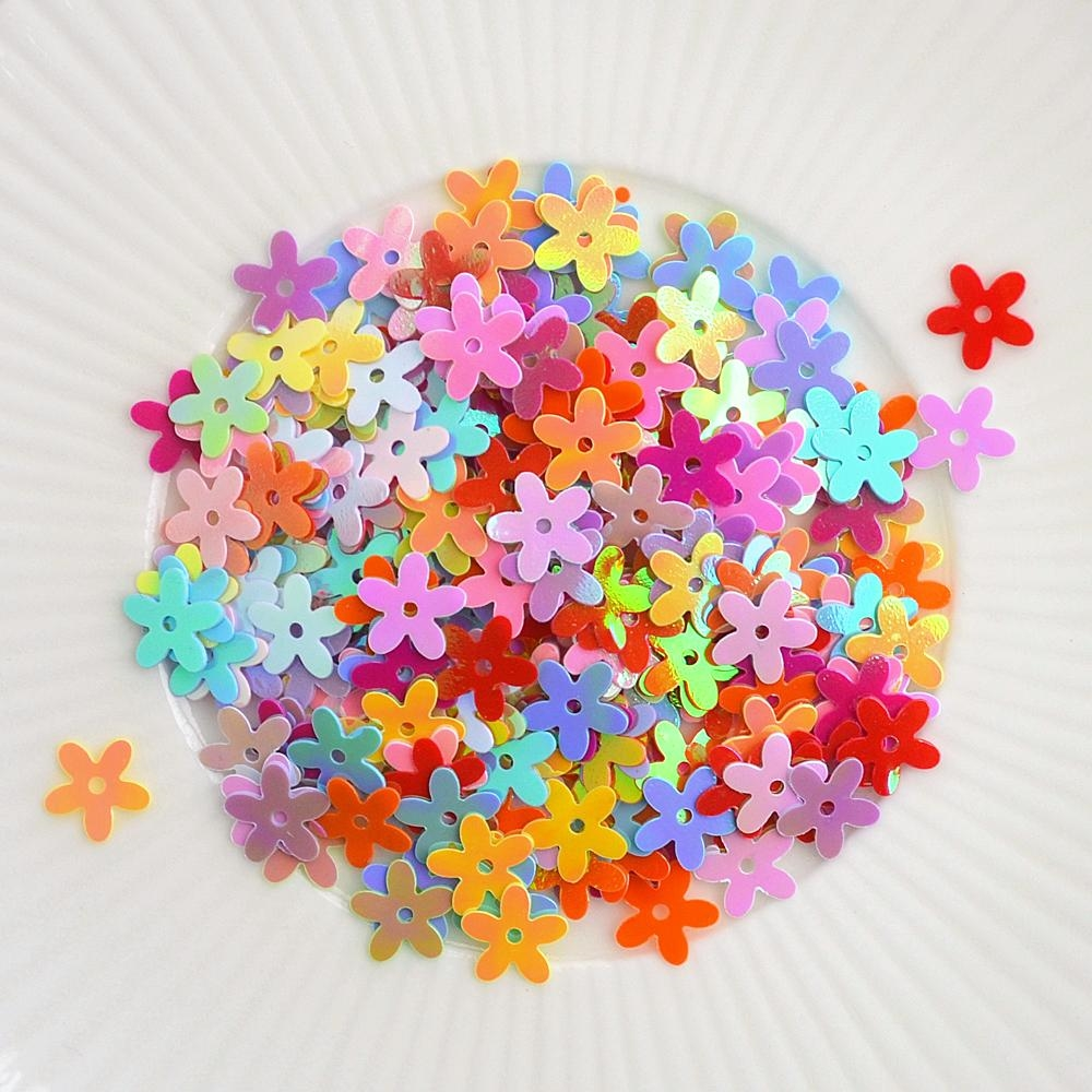 Little Things From Lucy's Cards DAISIES Rainbow Delight LB221 zoom image